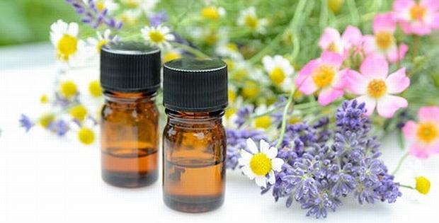 blending essential oils